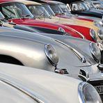 Die Porsche-Parade - in Reih und Glied lauter Porsche 356