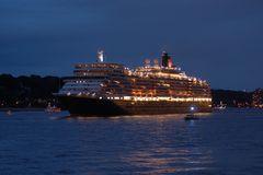 Die Queen verläßt Hamburg