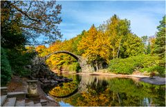 Die Rakotzbrücke im Rhododendronpark Kromlau