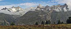Die rechte Seite des Panoramas von der Sunnega als breites Bild