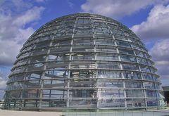 Die Reichstagkuppel oder die Hinrschale unserer Regierung
