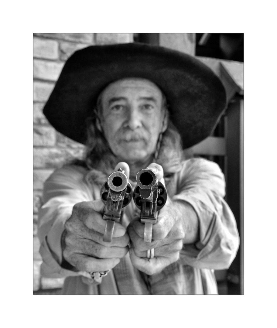 Die Revolver sind scharf