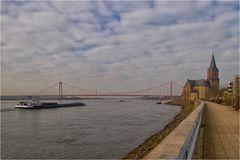 Die Rheinbrücke in Emmerich