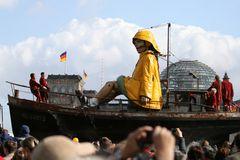 Die Riesen in Berlin und am Reichstag