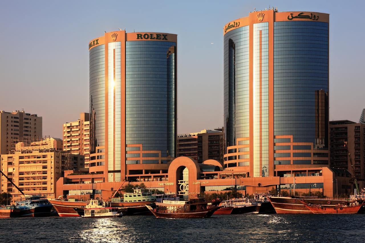 Die Rolex-Towers im Abendlicht