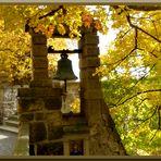 Die Roseburg im Herbstkleid