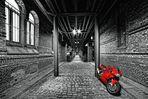 ... die rote Ducati ...