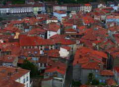 Die roten Dächer von Foix