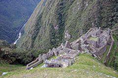 Die Ruinen von Winaywayna auf dem Camino del Inca