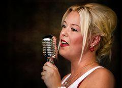 Die Sängerin ....