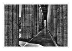 die Säulen...