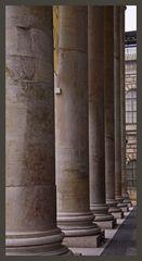 Die Säulen der Oper in München