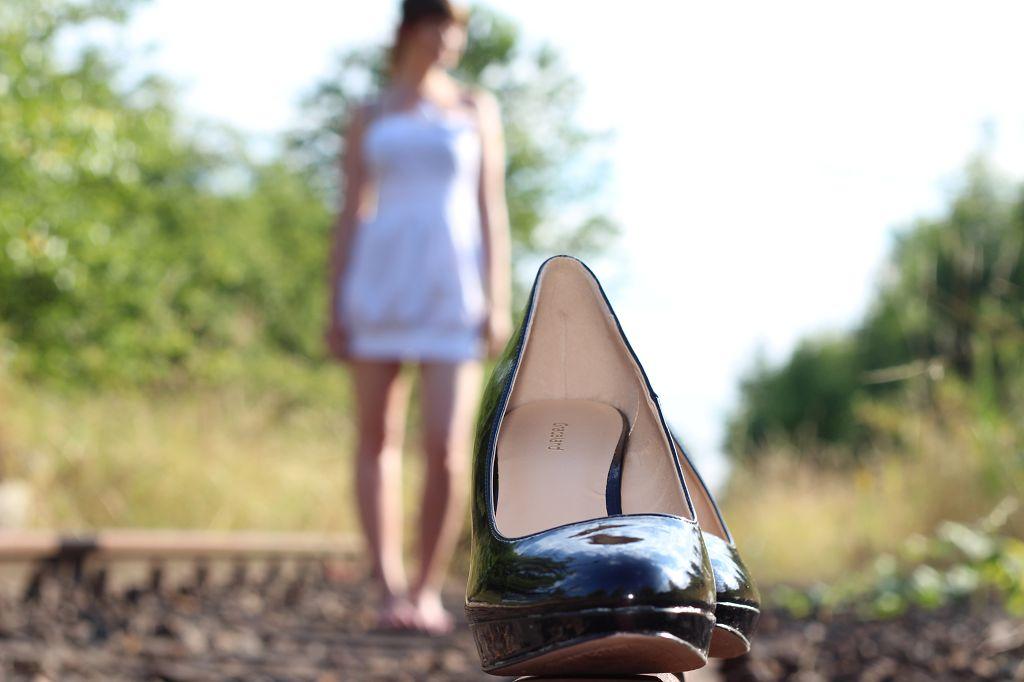 Die Schuhe einer Frau...