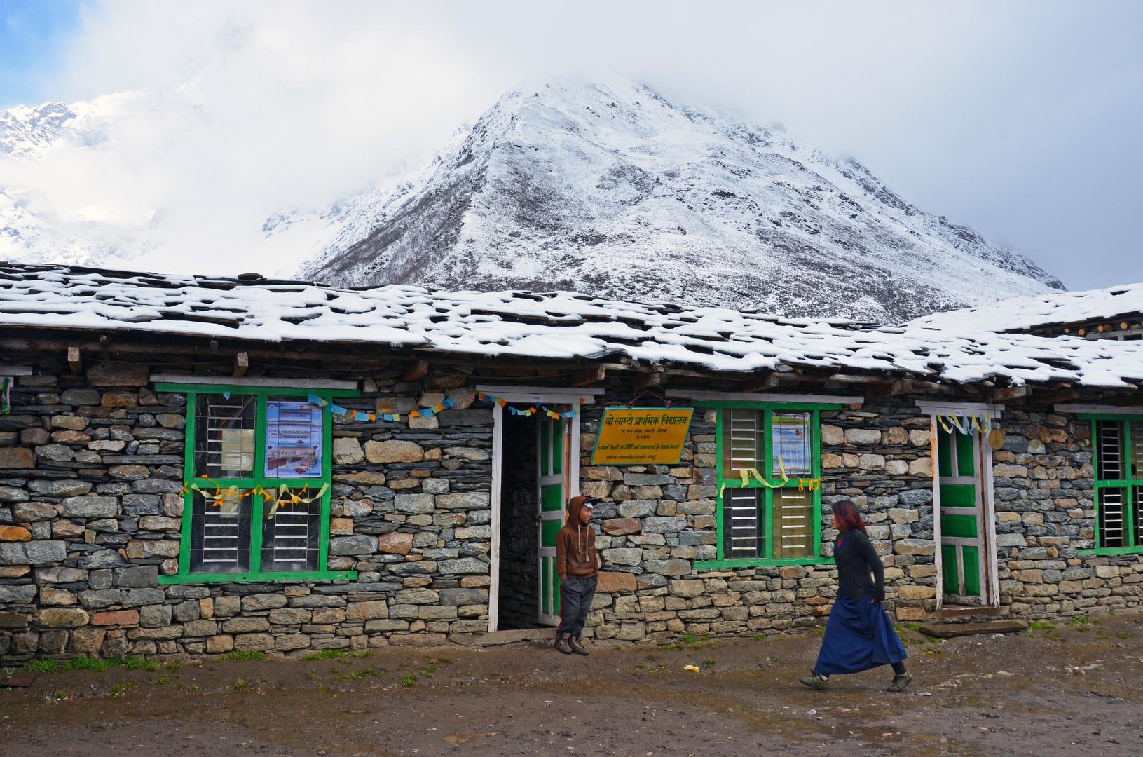 Die Schule von Samdo in der Manaslu-Region