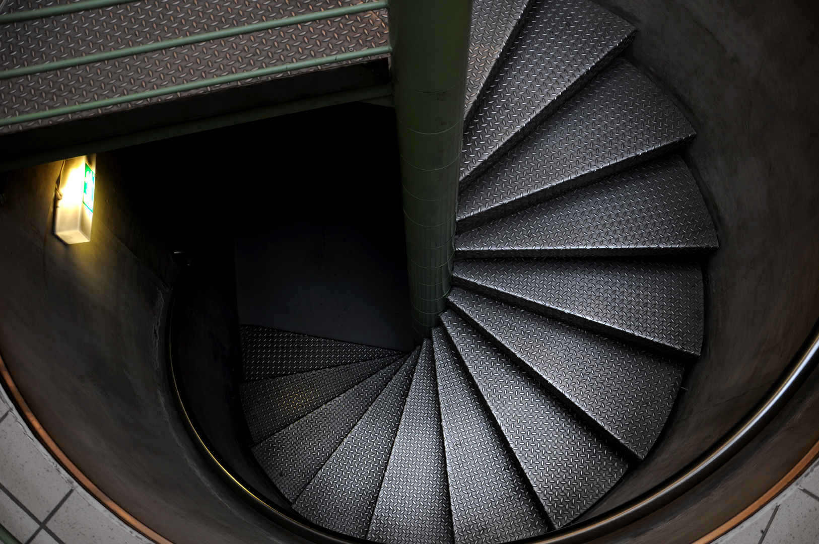 Die silberne Treppe.