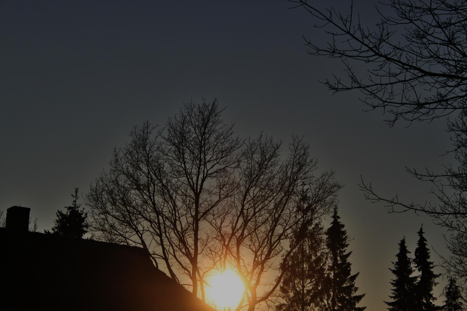 die Sonne geht zwar unter, aber es folgt auch immer der Sonnenaufgang.