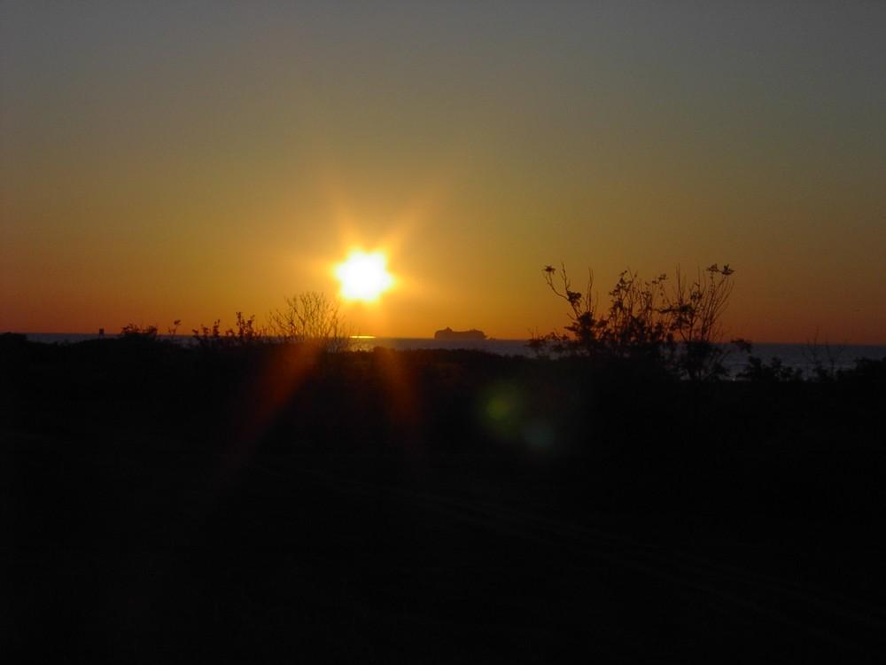 Die Sonne ist rund! Oder sieht sie aus wie ein Stern?