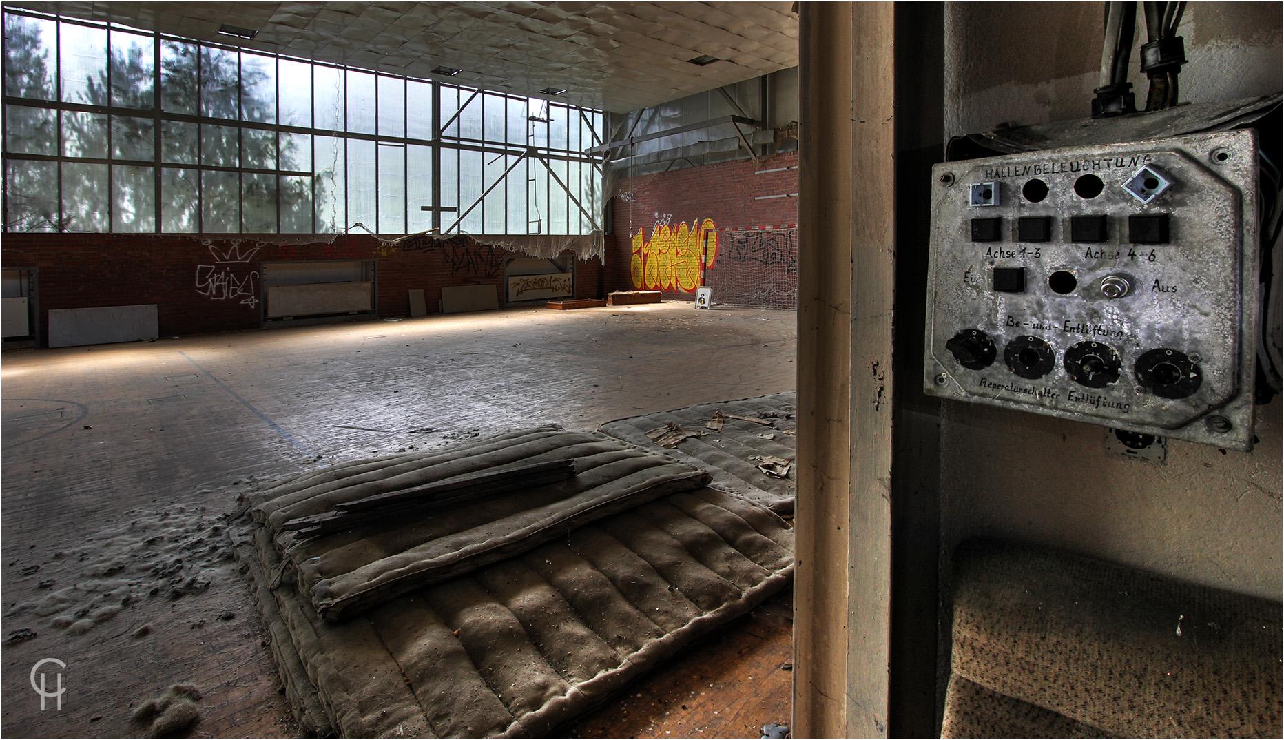 Die Sporthalle der DDR Stabsführung