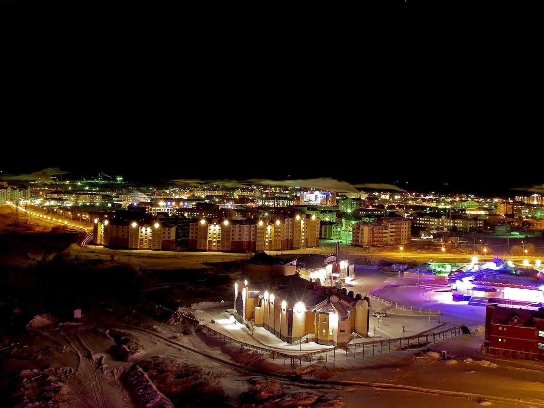 Die Stadt in der Nacht / Yamal