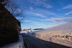 Die Straße ins Dorf