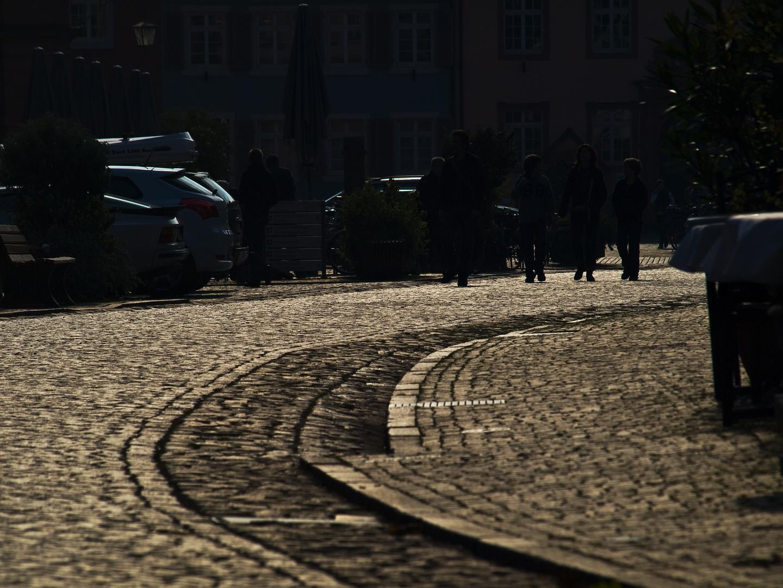 die Straße runter