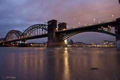 Die Südbrücke in Köln Poll