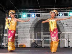 Die Tänzerinnen von Asien