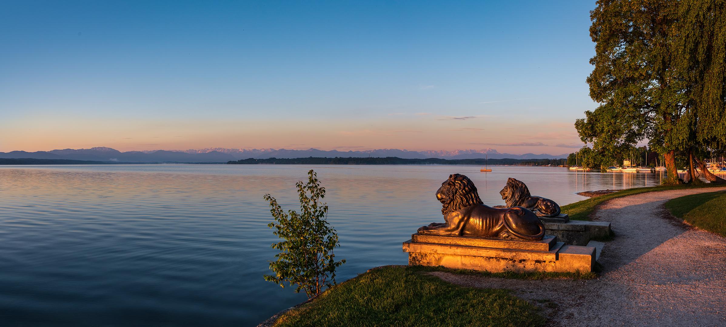 Die Tutzinger Lowen Am Starnberger See Foto Bild Landschaft Bach Fluss See See Teich Tumpel Bilder Auf Fotocommunity
