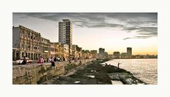 Die Uferpromenade der Malecón in Havanna