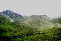 Die Vallruckalm in den Tuxer Alpen / Österreich