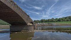 die versunkene alte Brücke von Asel