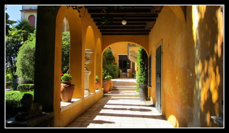 Die Villa des Gabriele Annuzio.........