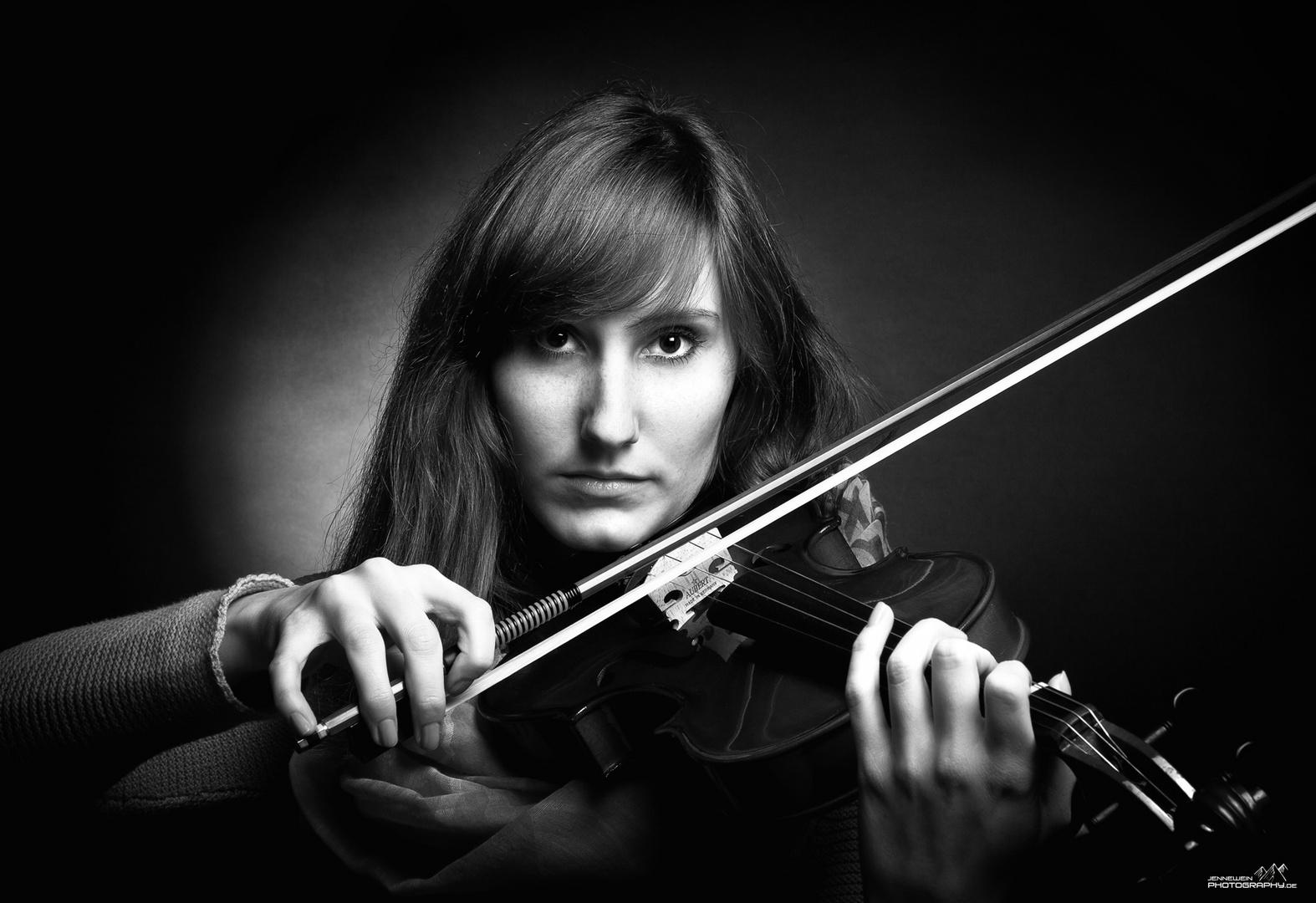 Die Violinistin II