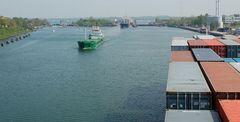 Die volle Breite der Schleusen in Kiel