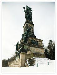 Die Wacht am Rhein oder das Warten in der Kälte?