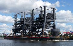 Die Wagenborg - Barge - 7 bringt....