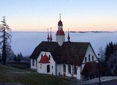 Die Wallfahrtskirche Hergiswald ...