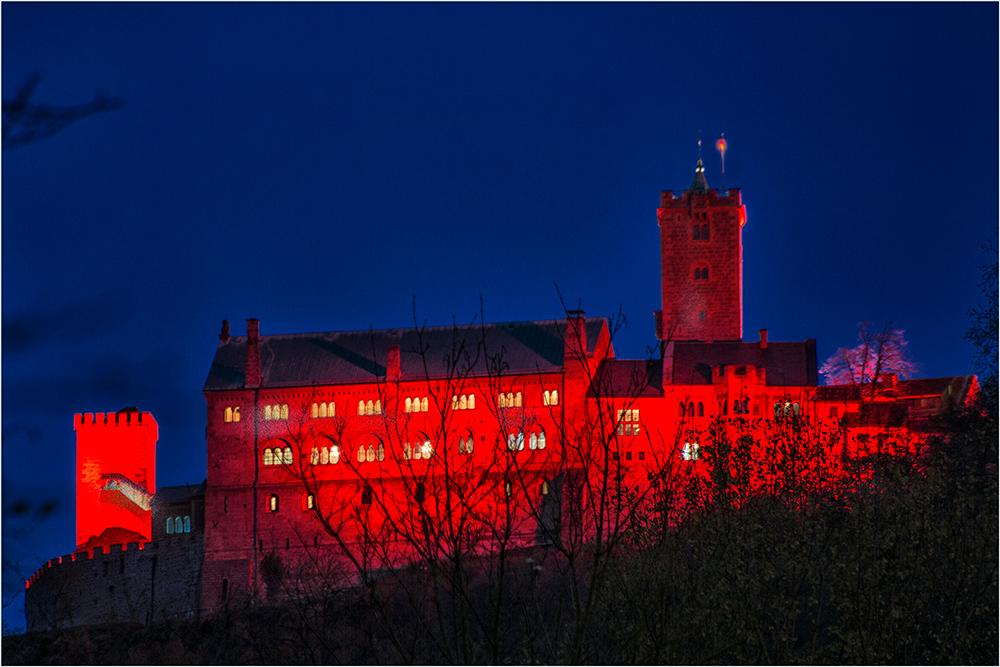 Die Wartburg illuminiert in Eisenach