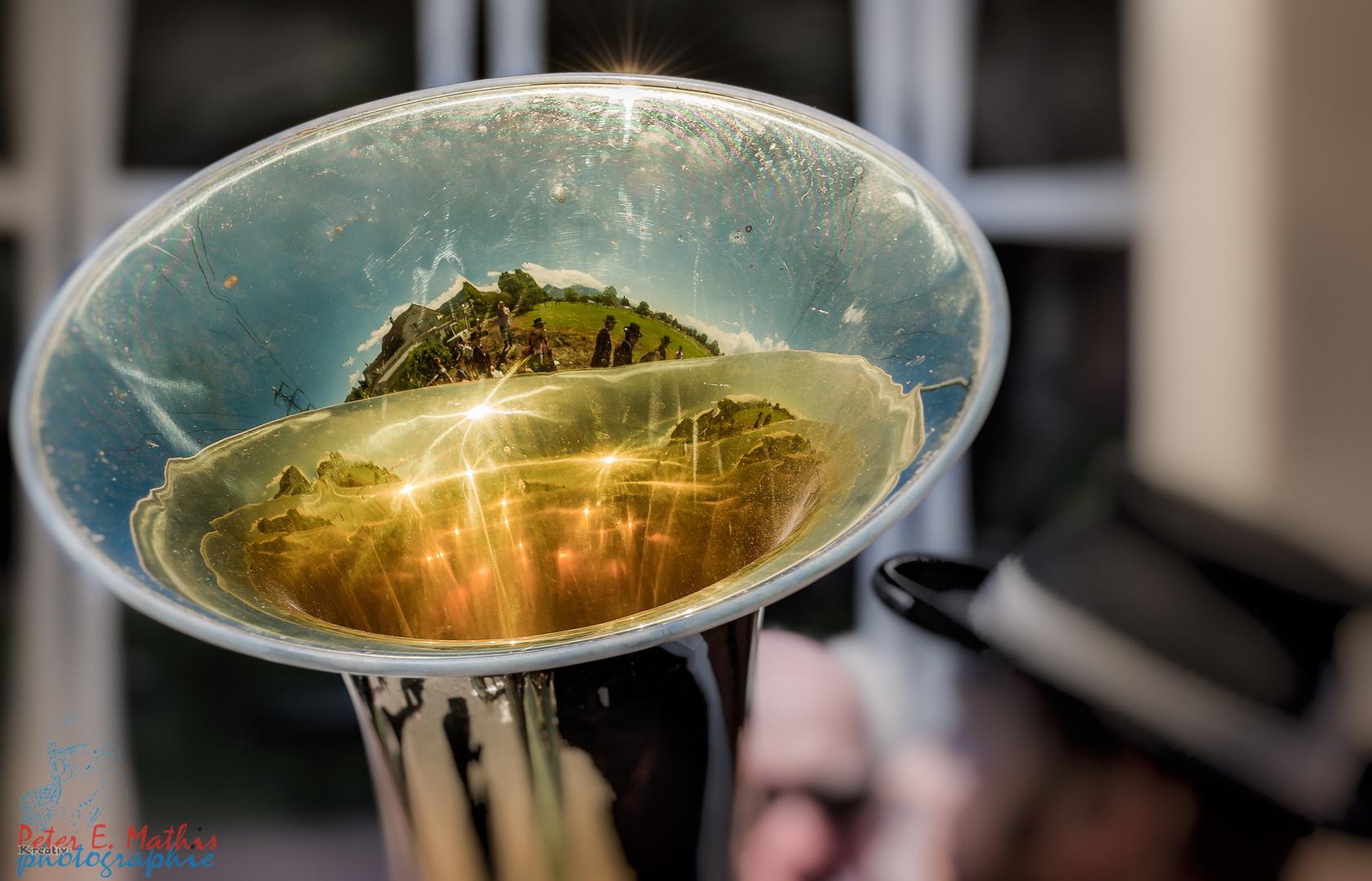 Die Welt in der Tube (ähhm Tuba)