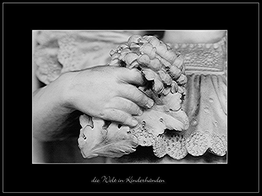 die Welt in Kinderhänden