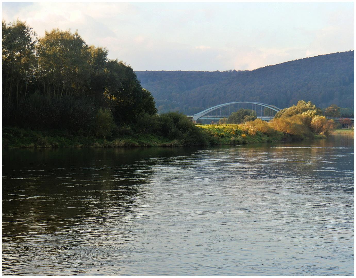 Die Weser bei Holzminden