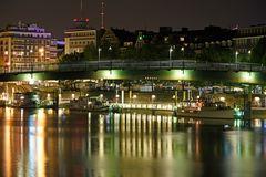 Die Weser bei Nacht