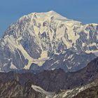 Die wohl weitestgehende Ausschnittsvergrößerung des Monarchen (Mont Blanc)...