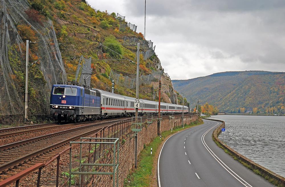 die wohl zur zeit schönste lokomotive auf deutschen gleisen
