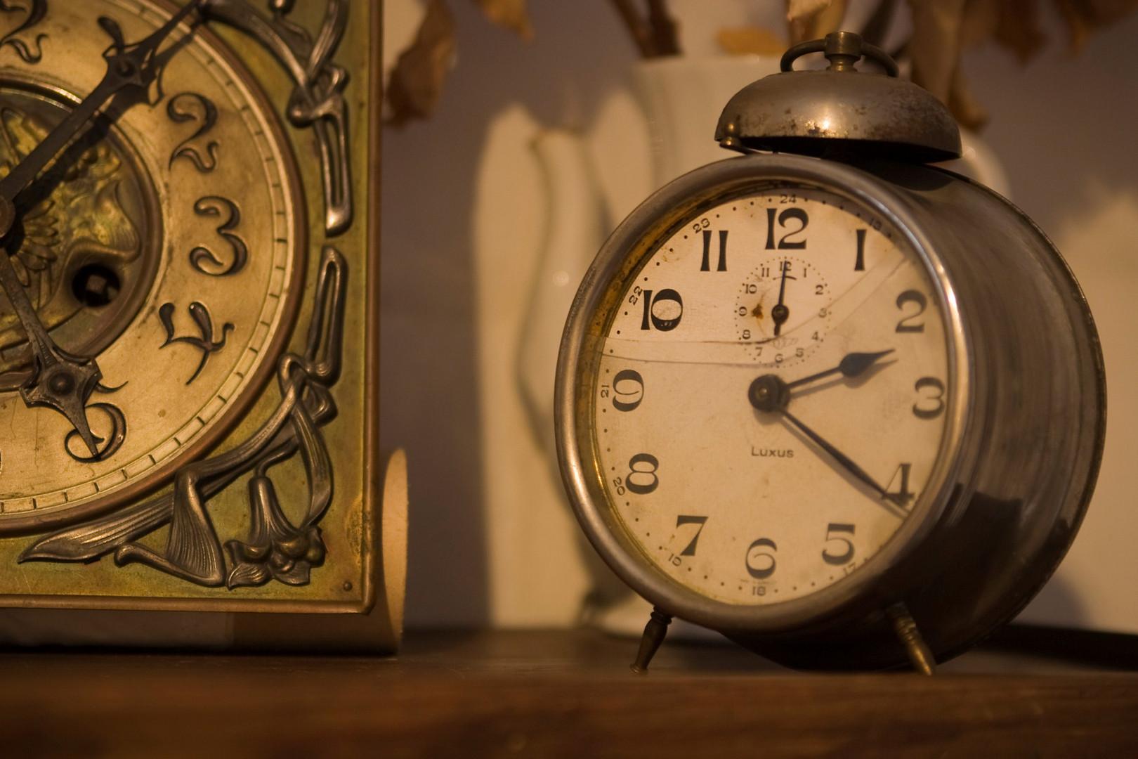...die zerbrochene Zeit....oder wo sind die Stunden geblieben...