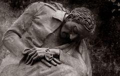 """""""Diejenigen, die gehen, fühlen nicht den Schmerz des Abschieds..."""