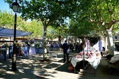 Dienstags ist Wochenmarkt in Llubi