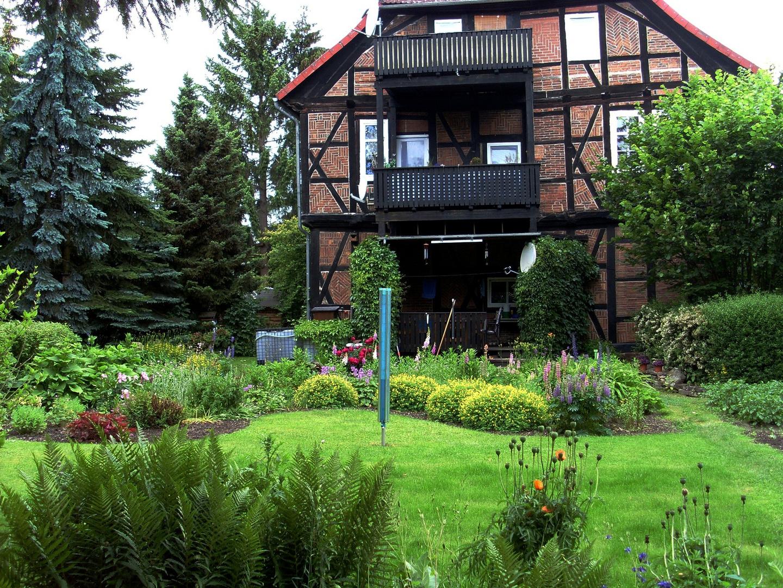 Dies war mein Garten bis Sommer 2014