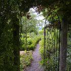 diese offene Gartenpforte