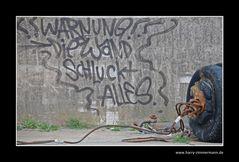 diese Wand schluckt alles